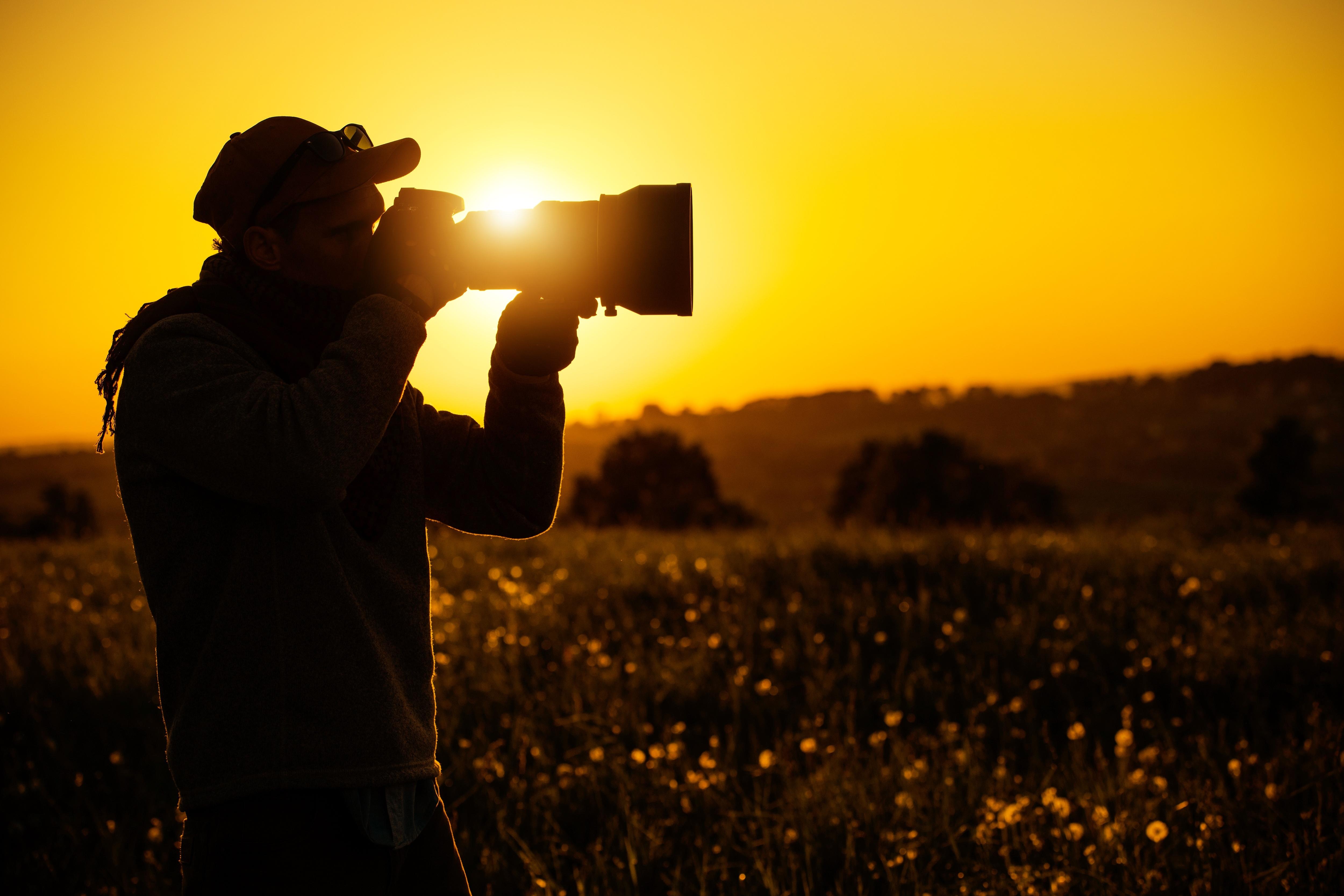 passionate-outdoor-photographer-NCXW6R5